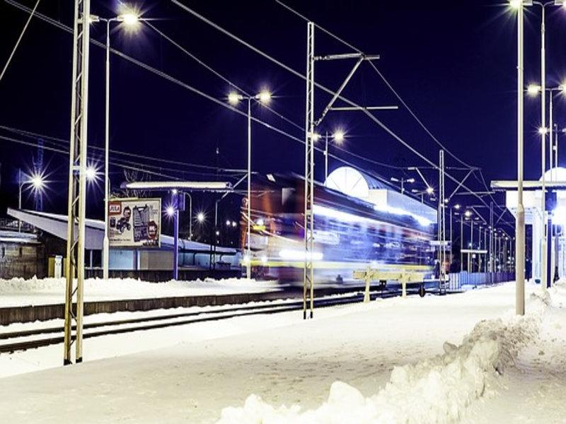 「大雪で帰宅困難な時の有効な対処法~カラオケやさん♪」のアイキャッチ画像