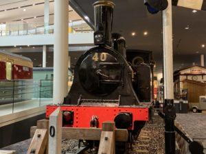 本館1階 蒸気機関車