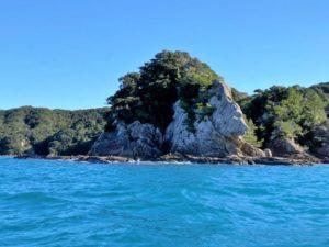 見残し海岸 獅子岩