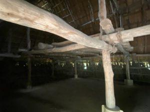 長方形大型建物・内部2