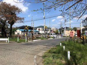 相武台下駅近くの踏切